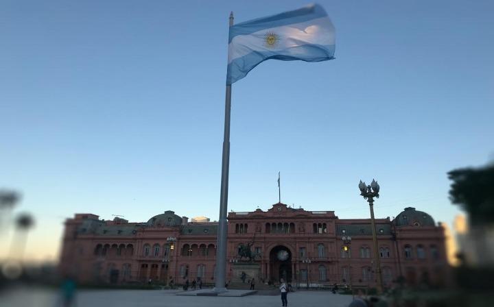 Argentina reabre fronteiras para brasileiros